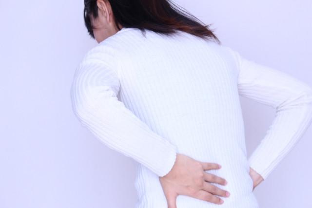 背中の痛み(ギックリ背中)とは?
