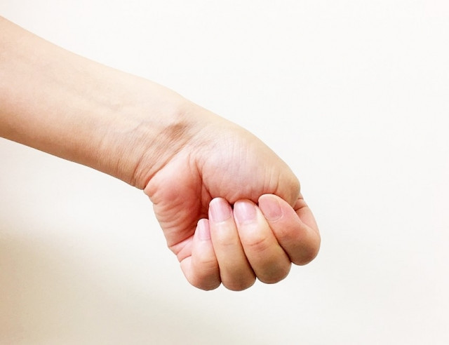 腱鞘炎(ド・ゲルバン)の対処法は?
